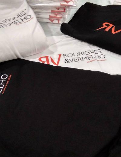 Rodrigues e Vermelho - Vestuário Promocional - Promotional Clothing