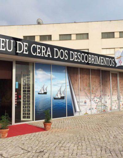 Museu de Cera dos Descobrimentos - Montras e Fachadas - Window Dressing